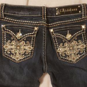 LA idol USA Jean's